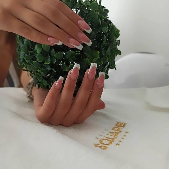 Square Hair and Beauty Studio #budva Nadogradnja noktiju Izlivanje noktiju gelom Nokti